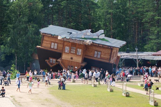 Szymbark - dům na střeše
