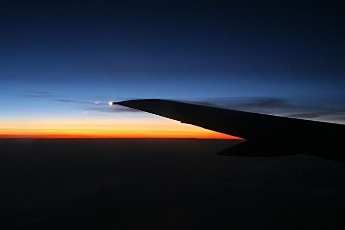 Skiathos - svítání v letadle