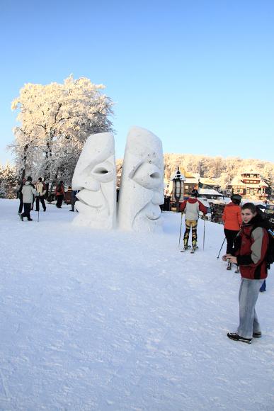 Pustevny - sochy sněhové i ledové