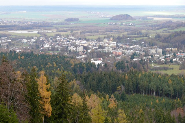 Edelštejn - pohled od hradu