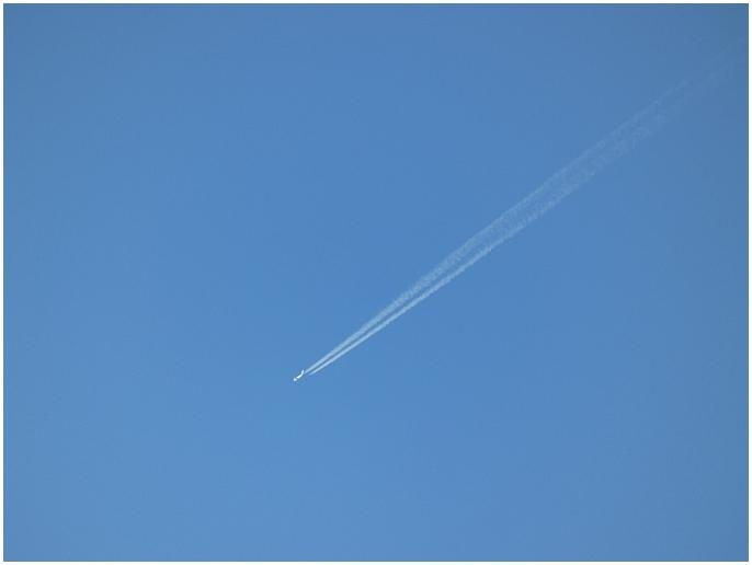 kondenzacni-stopa-za-letadlem.JPG